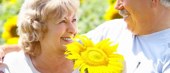 12 Tips to Protect Your Senior: Take the Sizzle out of Summer Heat ­­