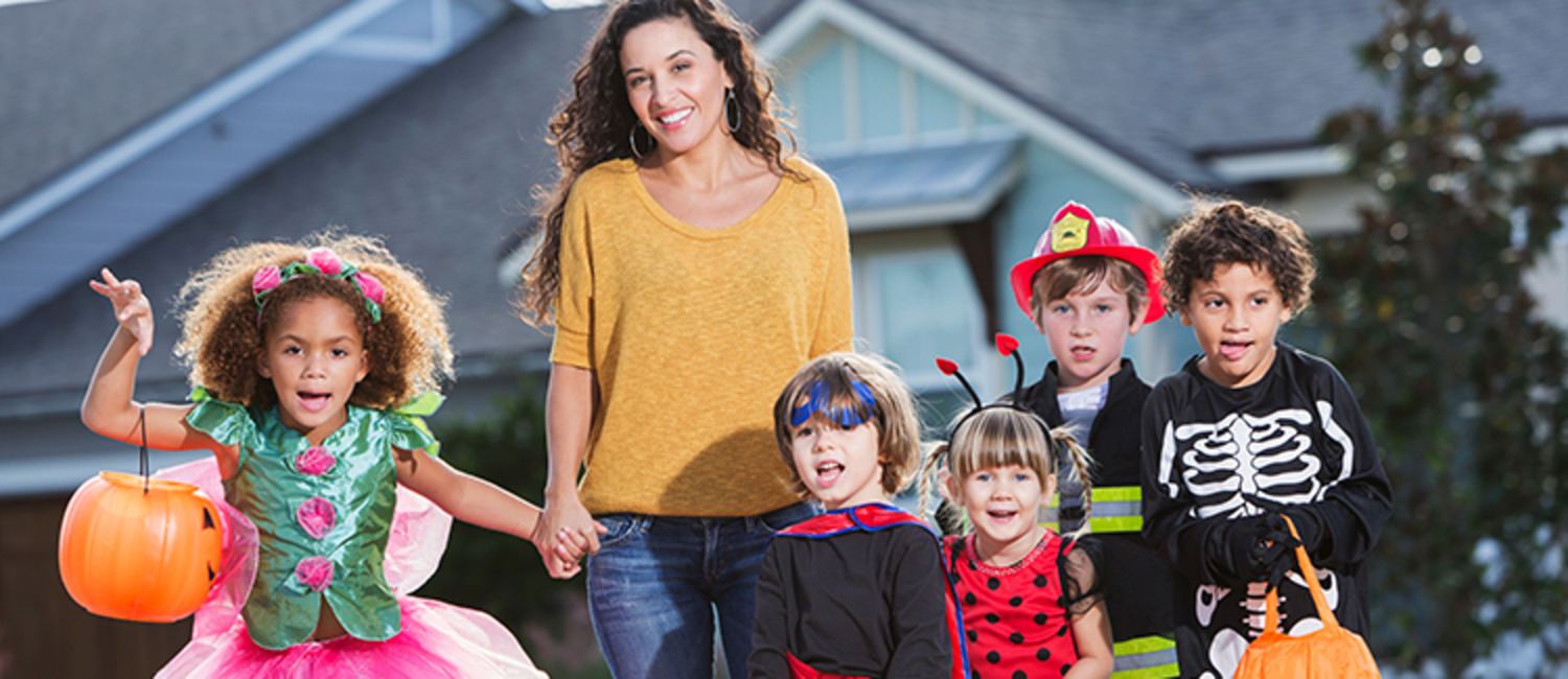 Halloween Road Safety Tips for Drivers & Trick or Treaters
