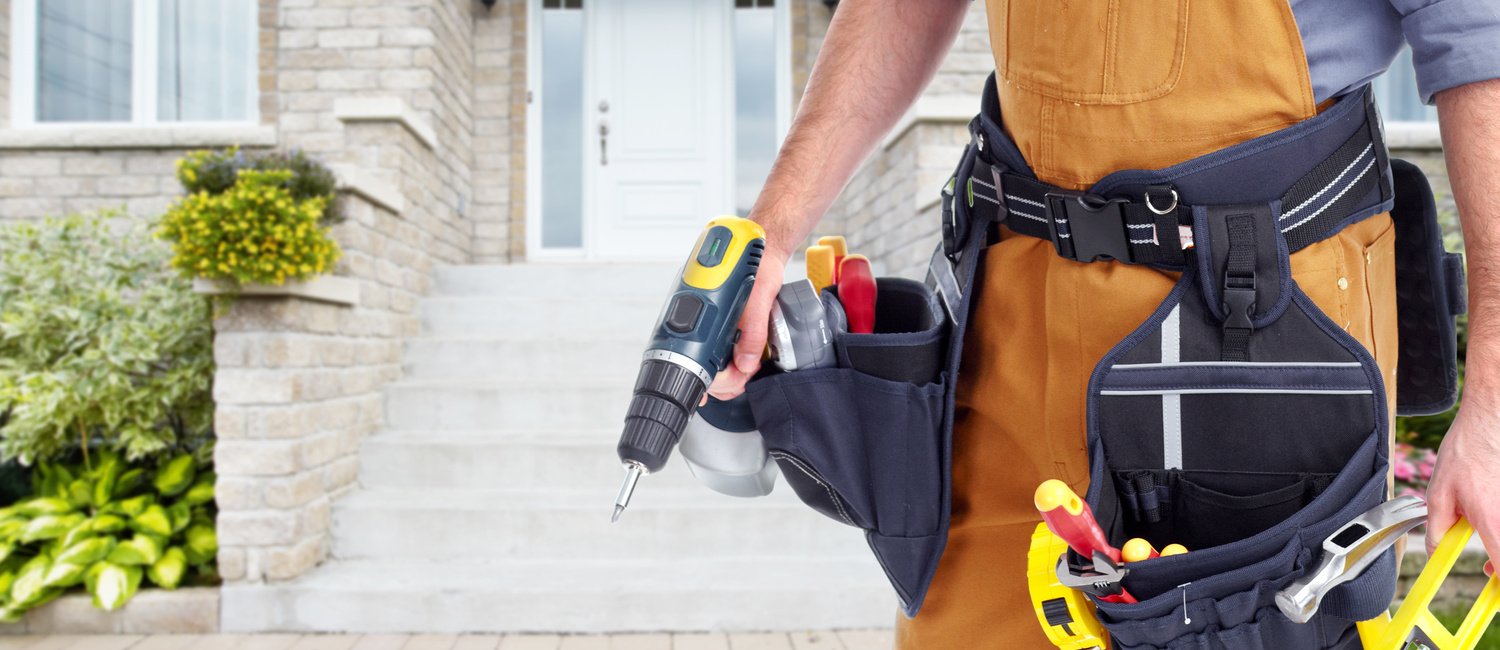 4 Reasons To Use A Handyman With Investment Properties