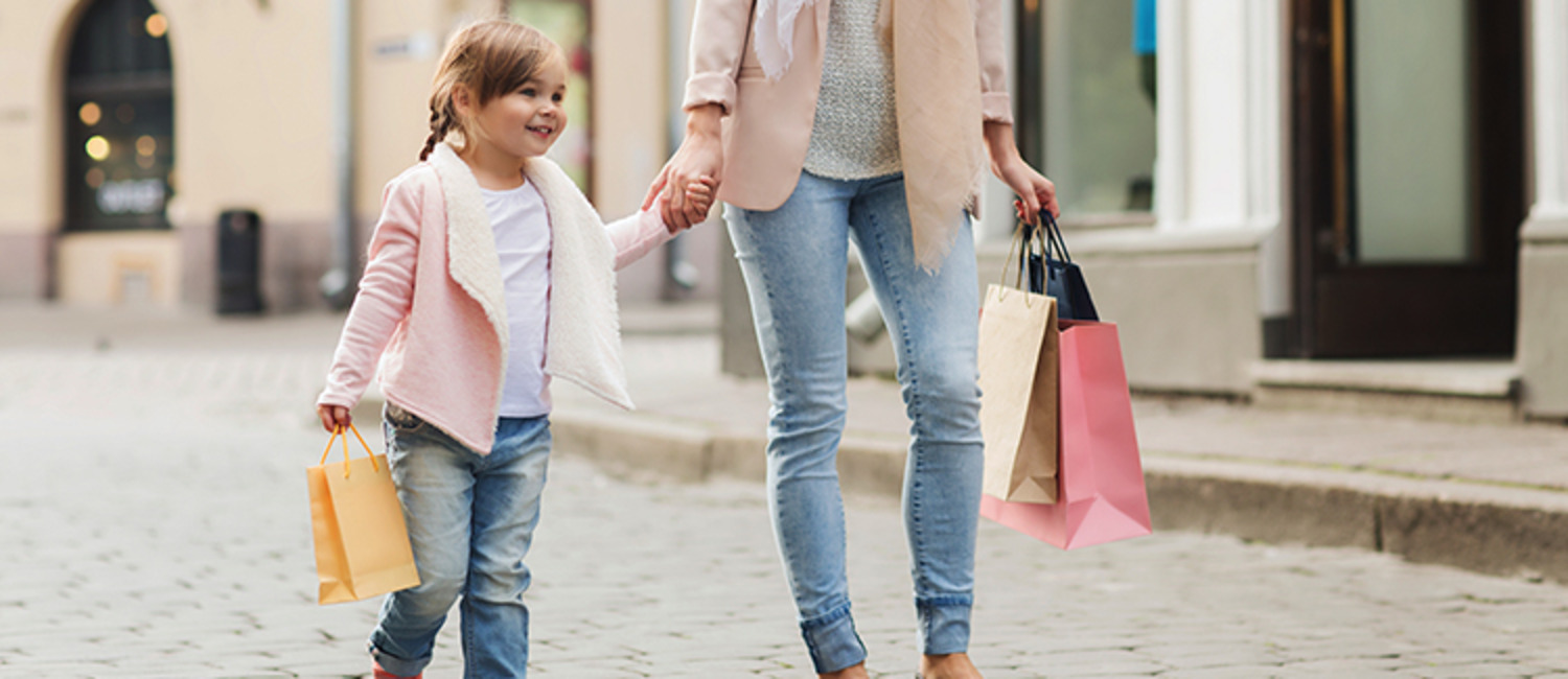 9 Tips for Taking the Kids Black Friday Shopping