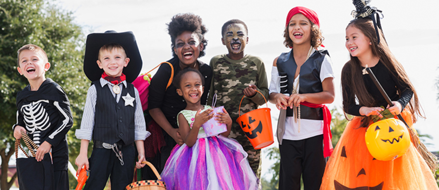2016's Top 10 Halloween Costumes for Kids, Adults & Pets Too!