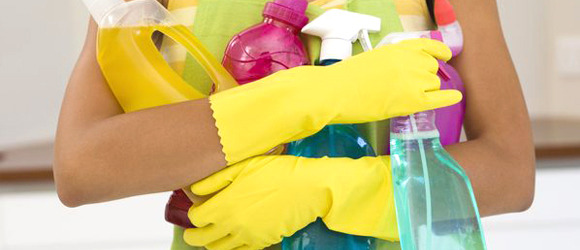 Why Your Housekeeper Should be Using Eco-Friendly Cleaning Products