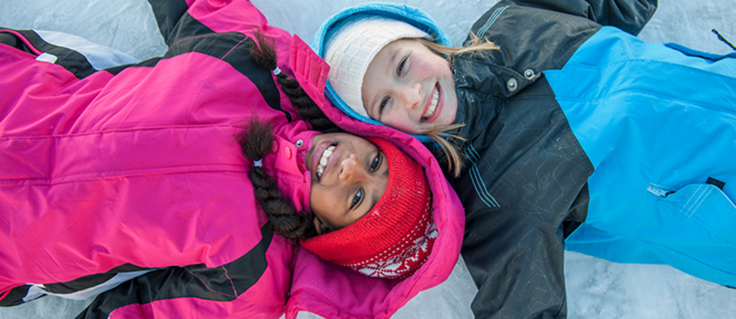 10 of the Greatest Outdoor Winter Activities That Kids Love!