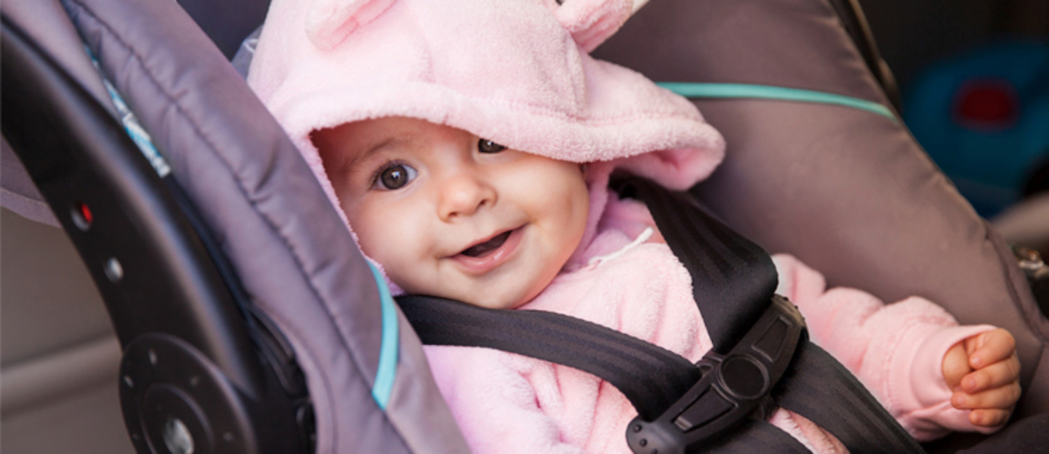 12 Ways to Keep Your Baby Happy in a Car