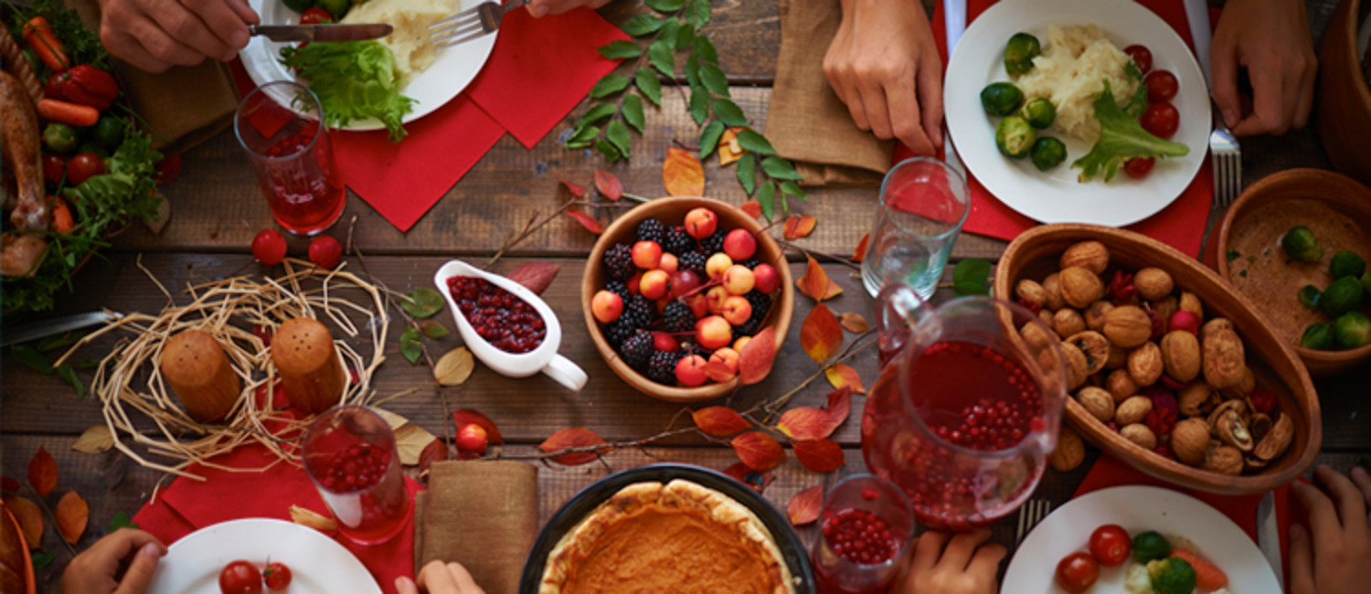10 Tips for Hosting a Stress-free & Successful Thanksgiving Dinner